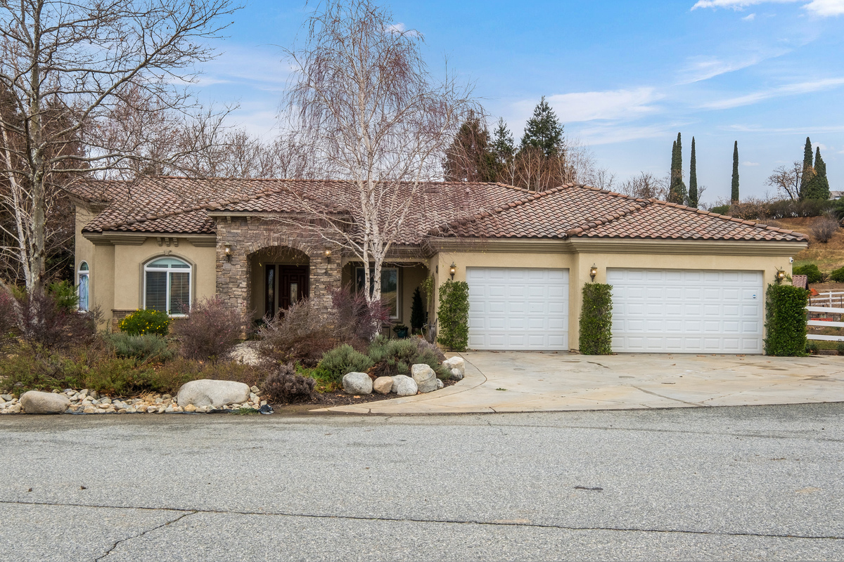 43250 Midnight Ct, Banning, CA 92220 for sale