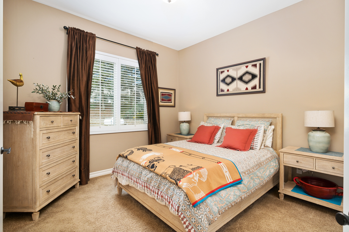 Second guest room in 43250 Midnight Ct, Banning, CA 92220