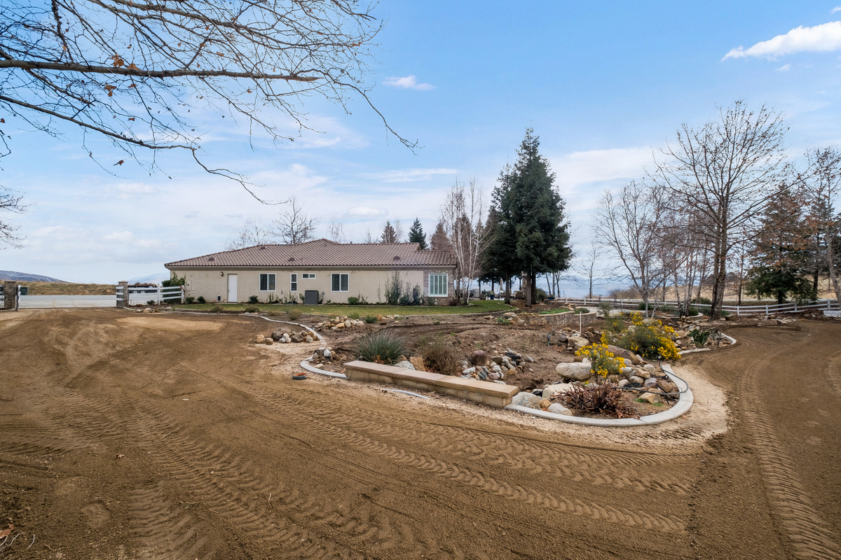 Property view in 43250 Midnight Ct, Banning, CA 92220